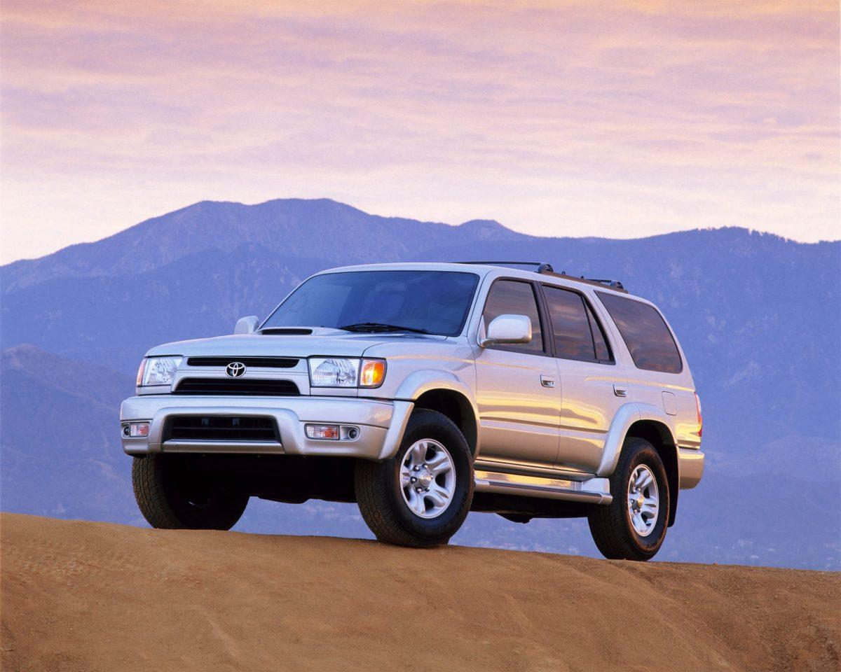2001 Toyota 4Runner in the mountains